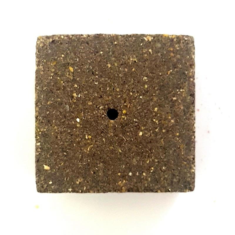 Кубик экструдированный для макушатника с отверстием 45х45х20 мм, Чеснок