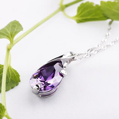 Серебряный кулон с фиолетовым камнем из стерлингового серебра 925 пробы