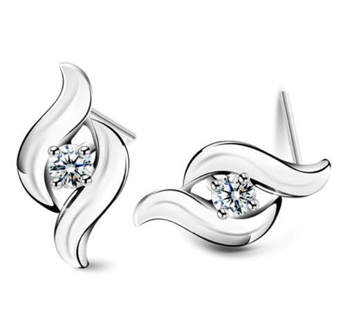 Серебряные серьги Пламя с белым камнем стерлинговое серебро 925 проба куб. цирконий