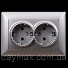 Розетка двойная Gunsan Visage с заземлением, VS 28 15 150, серебро