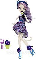 Кукла Кэтрин ДеМяу Вечеринка Мрак и Цветение – Catrine DeMew Gloom & Bloom Party