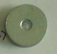 Деталь к прошивочной машинке — «шпулька»