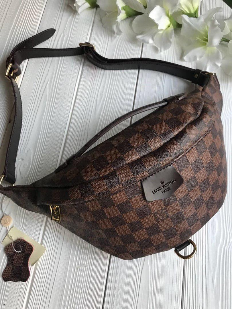 f52faba4dd20 Сумка на пояс бананка Louis Vuitton Луи Виттон - ЧЕМОДАНЧИК - самые  красивые сумочки по самой