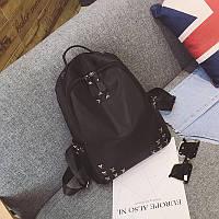Женский рюкзак черный городской тканевый с заклепками