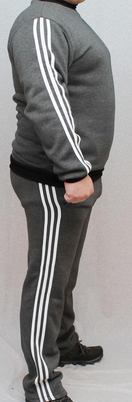 Мужской спортивный костюм с начесом