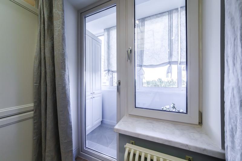 Балконный блок Rehau Brillant