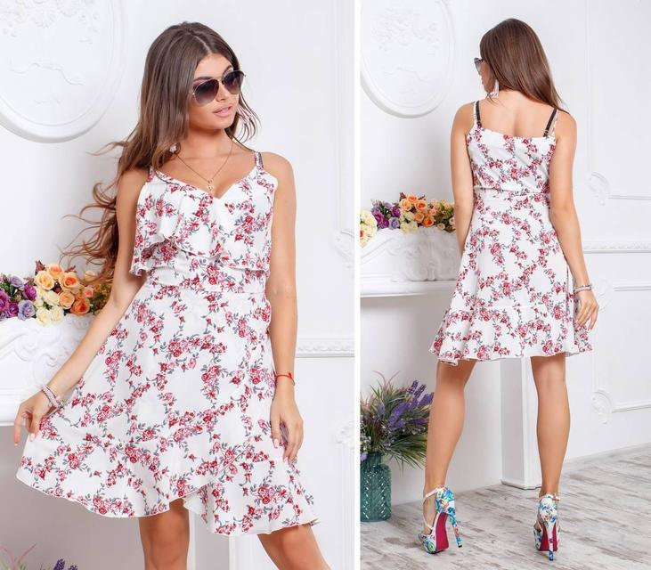 Платье с воланом, модель 112,принт красные цветочки на белом