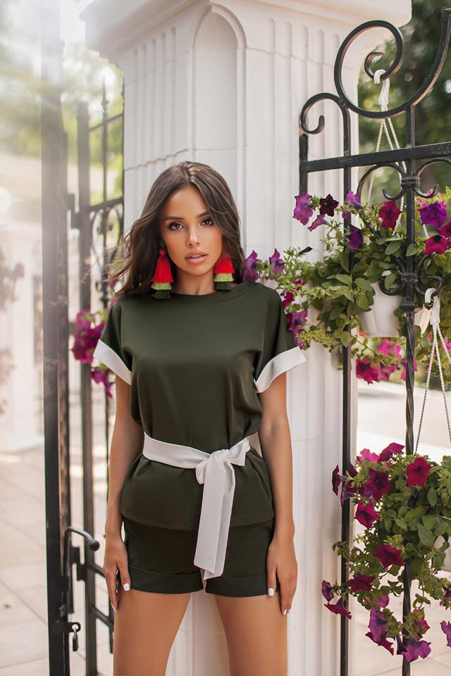 a75d8c4f6faabce Модный женский летний костюм шорты с лампасами -