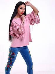 Стильная женская блузка с оборками, жемчугом и гипюром только пудра