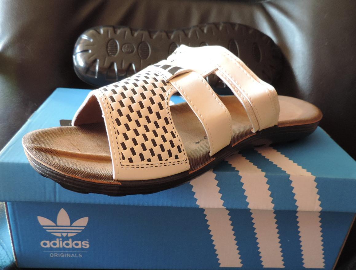 Мужские фирменные шлепанцы (босоножки) Adidas (Адидас) Beige ... db4c19da636b2