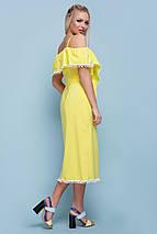 Красивое летнее платье средней длины на запах с коротким рукавом воланы желтое, фото 2