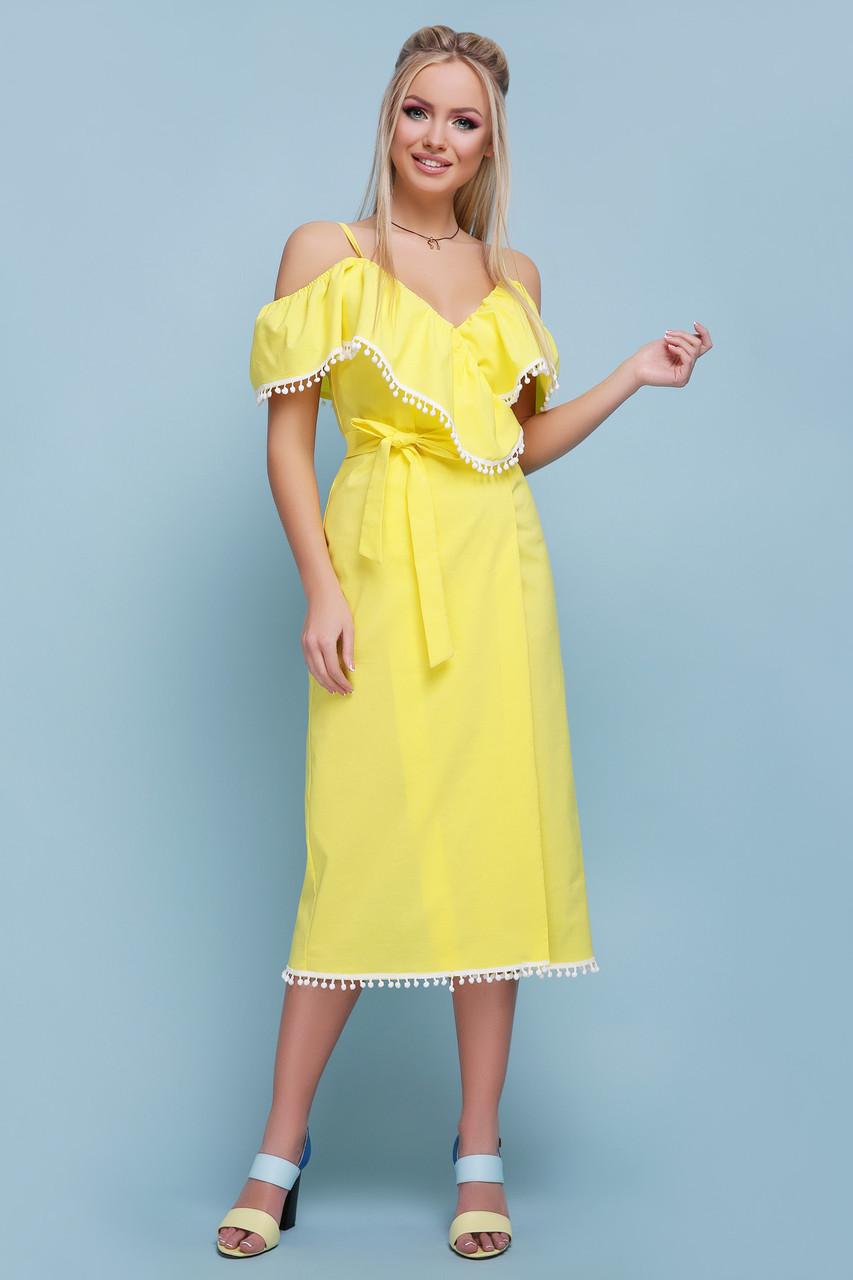 Красивое летнее платье средней длины на запах с коротким рукавом воланы желтое