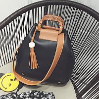 Жіноча сумка чорна з пензликом і коричневим ремінцем з екошкіри опт, фото 1