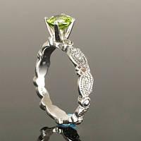 Обручальное кольцо с хризолитом от WickerRing
