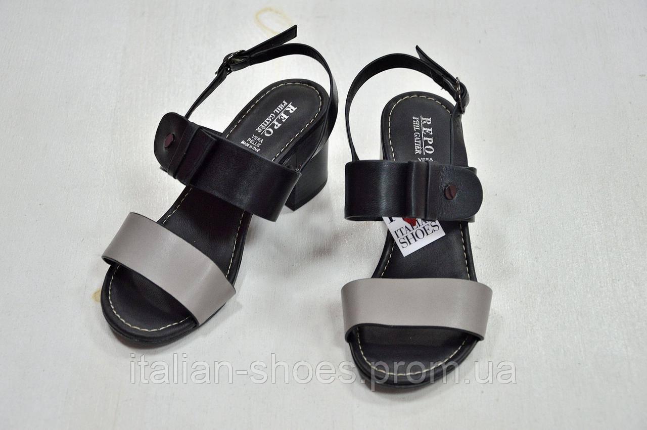 Босоножки черные серые на невысоком удобном каблуке Repo к.31505