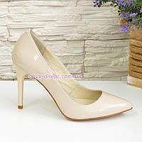 Туфли женские лаковые на шпильке, бежевый цвет, 40размер