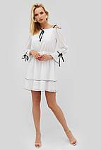 Женское расклешенное белое платье с черным кантом (Bonsi crd), фото 3