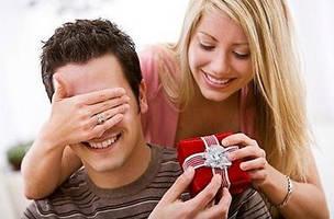 Что подарить парню? Идеи подарков!