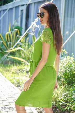 Летнее платье миди полуприталенное под пояс с коротким рукавом оливковое, фото 2