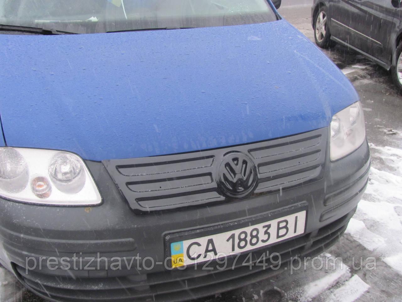 Накладка на решетку радиатора Volkswagen Caddy (2004-2010)