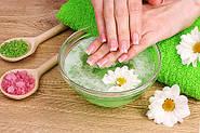 Догляд за шкірою рук та нігтів у весняний період часу.