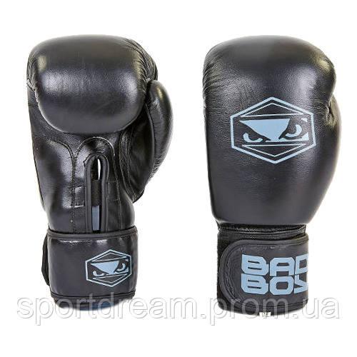 Перчатки боксерские кожаные на липучке BAD BOY STRIKE replica VL-6615-BK черные