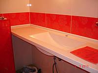 Столешница для ванной комнаты с влитыми умывальниками из искусственного камня
