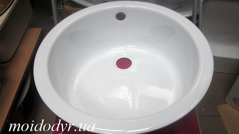 Кухонная мойка эмалированная 450 мм белая
