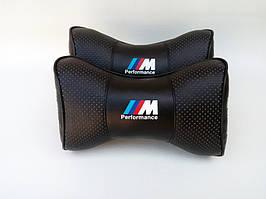 Автомобильная подушка подголовник  BMW M Perfomens чёрный цвет перфорация