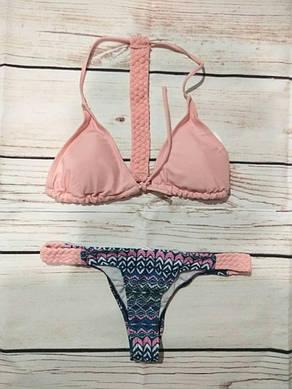Женский купальник раздельный Розовый графика