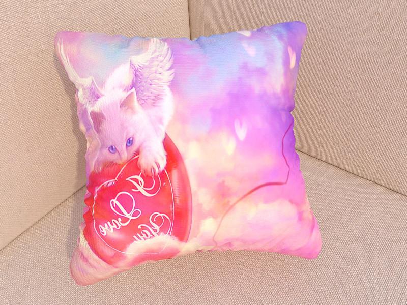 Подушка с фото котенок ангел