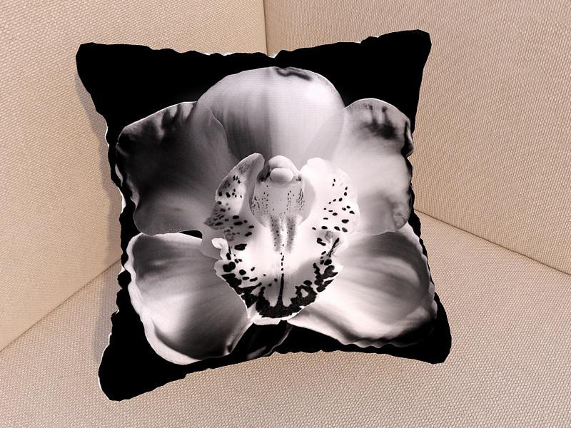 Фотоподушки черно-белая орхидея