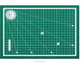 Плита коврик самовыравнивающийся 3 слоя А4 (30/22/0,3см) ПВХ