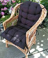 Кресло плетеное с мягкой подушкой накидкой
