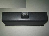 Крышка вещевого ящика ВАЗ 2108 в сборе