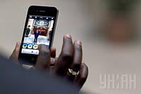 Исследователи предупреждают, что мобильные телефоны увеличивают риск развития рака