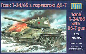 Танк Т-34/85 с 85-мм пушкой Д-5-Т. Сборная модель в масштабе 1/72. UM 327