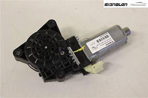 Мотор стеклоподъемника переднего левого (82450-2L000) MOBIS