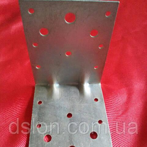 Уголок усиленный крепежный 105х105х90х2