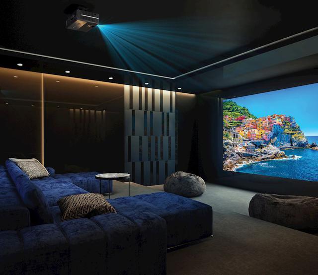 Optoma UHD51 4K UHD проектор для домашнего кинотеатра