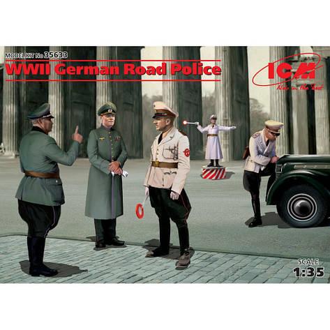 Германская дорожная полиция II МВ (5 фигур). 1/35 ICM 35633, фото 2