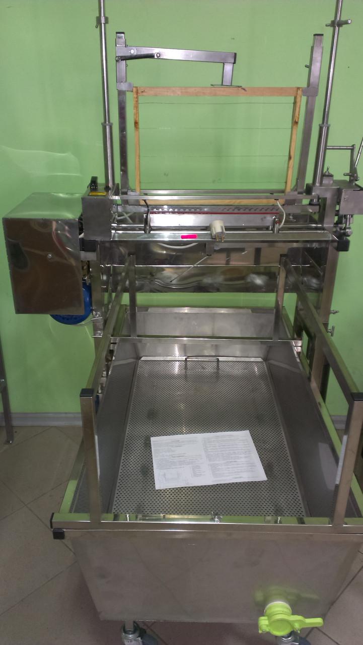 Механизм для распечатывания сот