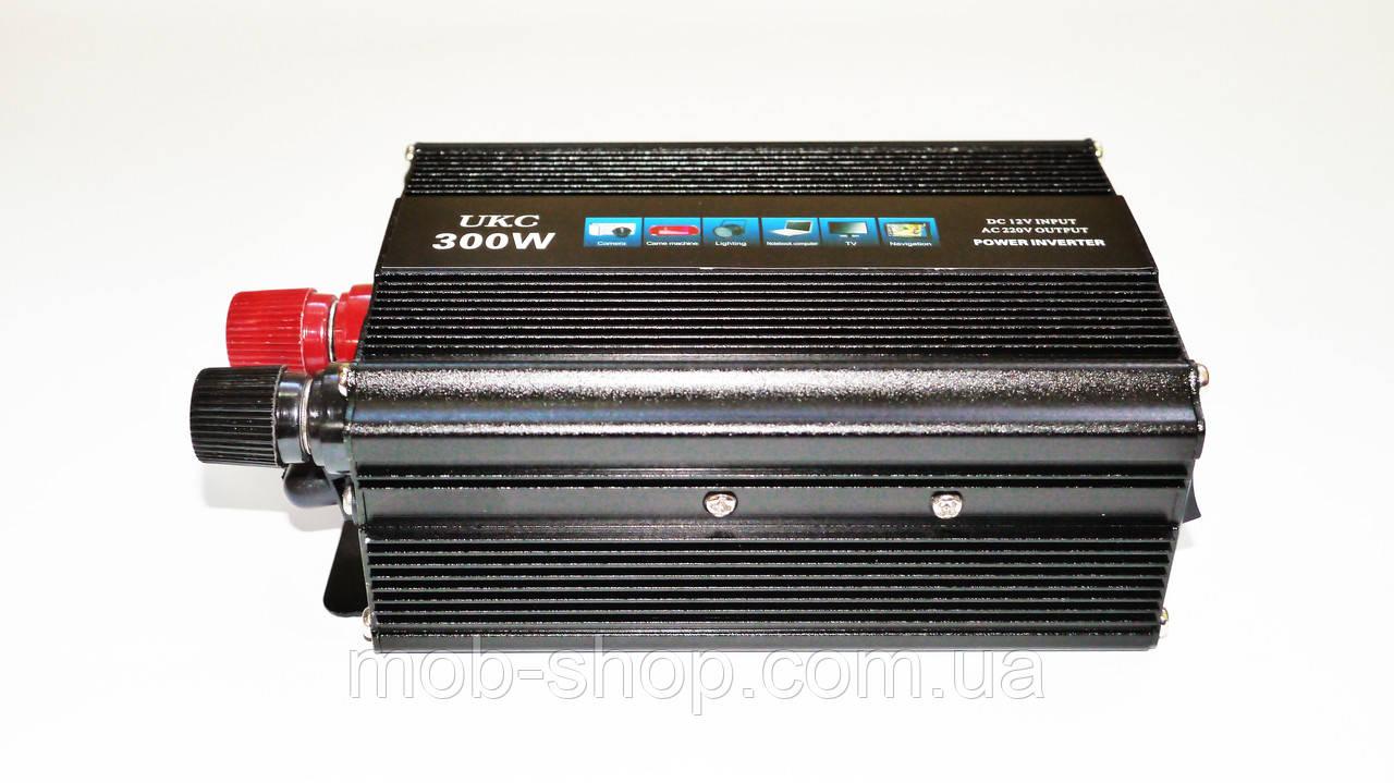 Инвертор преобразователь напряжения Power Inverter UKC 300W 12V в 220V