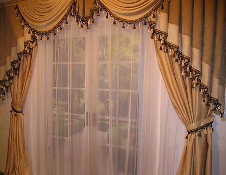ламбрікени для гостинноі фото
