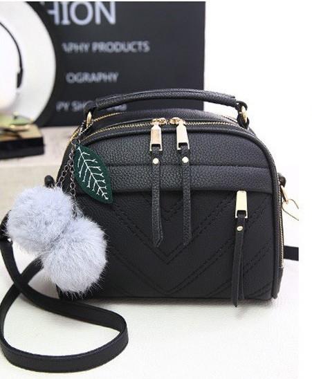 914bd26c5989 Небольшая женская сумка через плечо с ручкой.Черная КC58: продажа ...