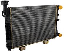 Радиатор охлаждения LSA LA 21073-1301012 в ВАЗ 2105, 2107 с инжекторным двигателем