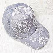 Кепка серая белые цветы сетка 501-03