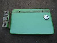 Крышка лючок бензобака ВАЗ 2103 2106