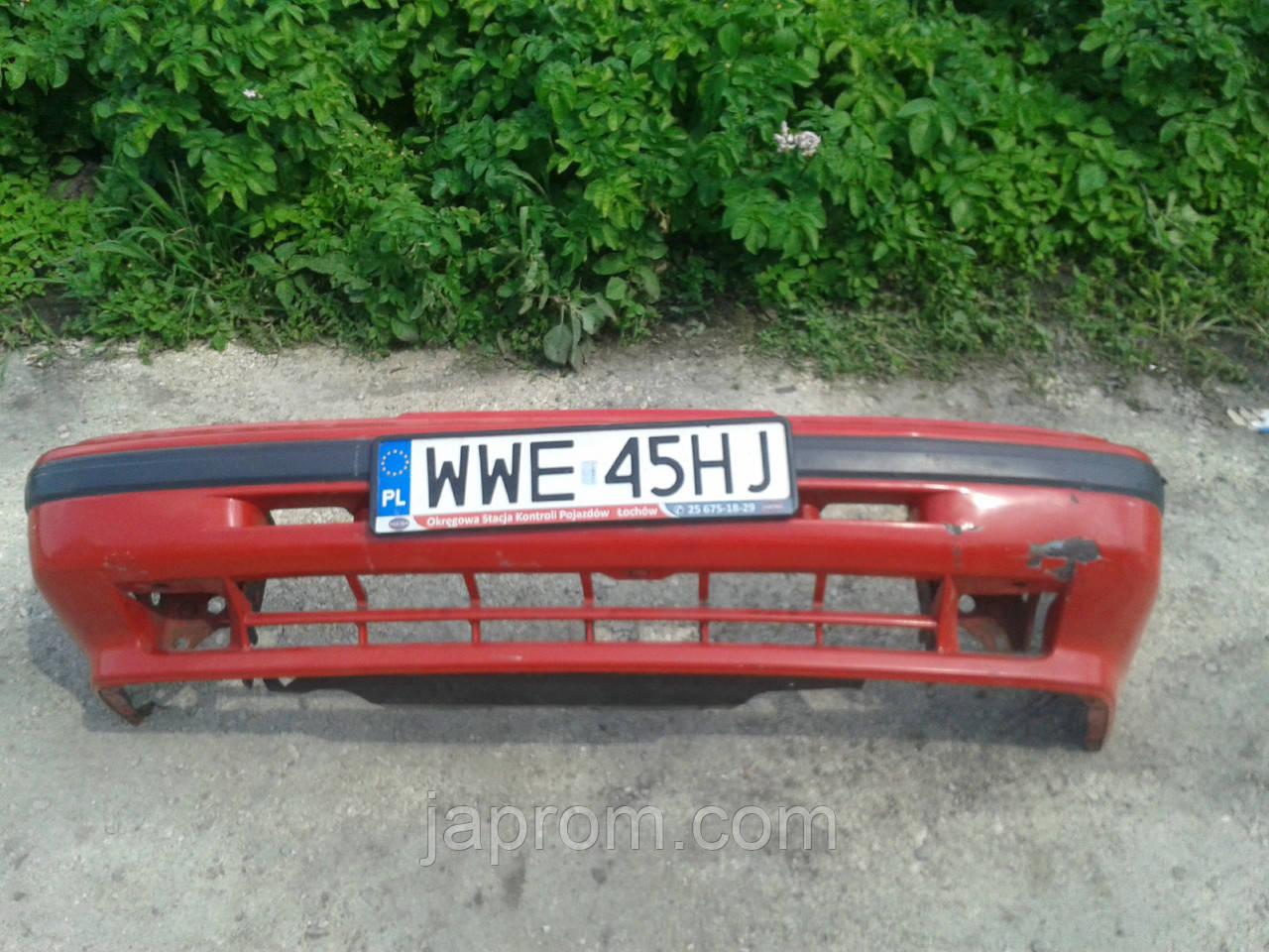 Бампер передний Mazda 626 GD 1987-1991г.в. красный Купе 2 дв.