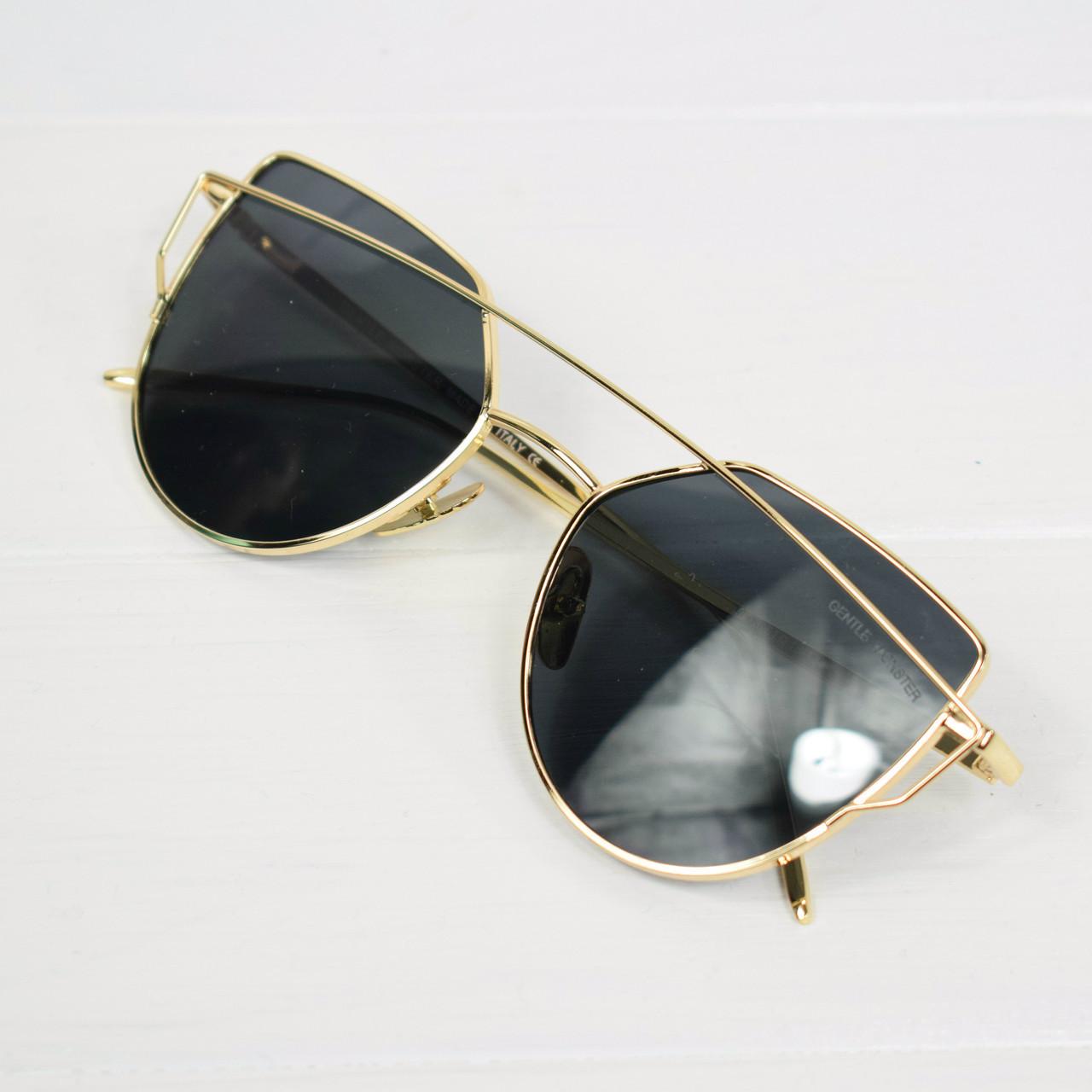 Очки женские солнцезащитные Dior Monster черные в золотой оправе